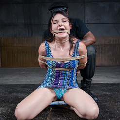 Amy Faye double penetrated by dildos and vibrated by Hitachi