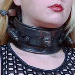 Delirous Hunter in hot new metal collar