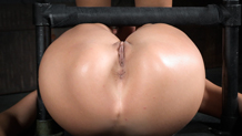 Stevie Smith's shaved squirting pussy