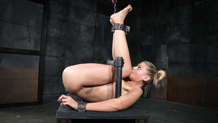 Shackled sex slave Stevie Smith taken from both ends