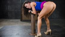 Tightly shackled sex slave Kalina Ryu worships the dick