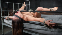 Blindfolded Sarah Luvv deepthroats in tight bondage