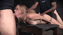 Sexy blonde Mona Wales gets throat trained on cock