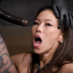 Kalina Ryu screams in paingasm from lesbian BDSM